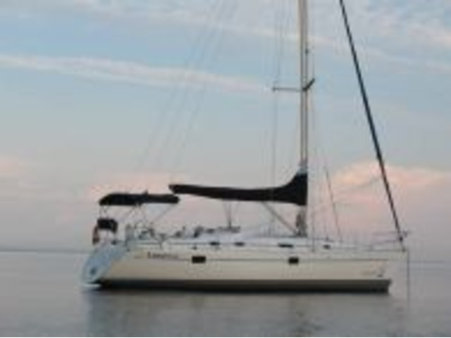 Bareboat Charters in Northern New York State (near Montreal) - Navtours USA