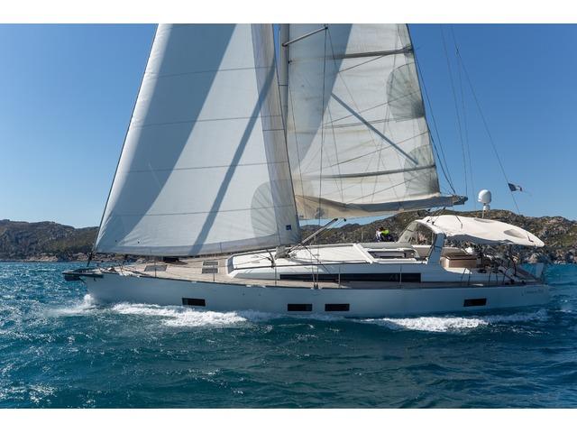 Croisière accompagnée avec skipper en Méditerranée - Océanis 55